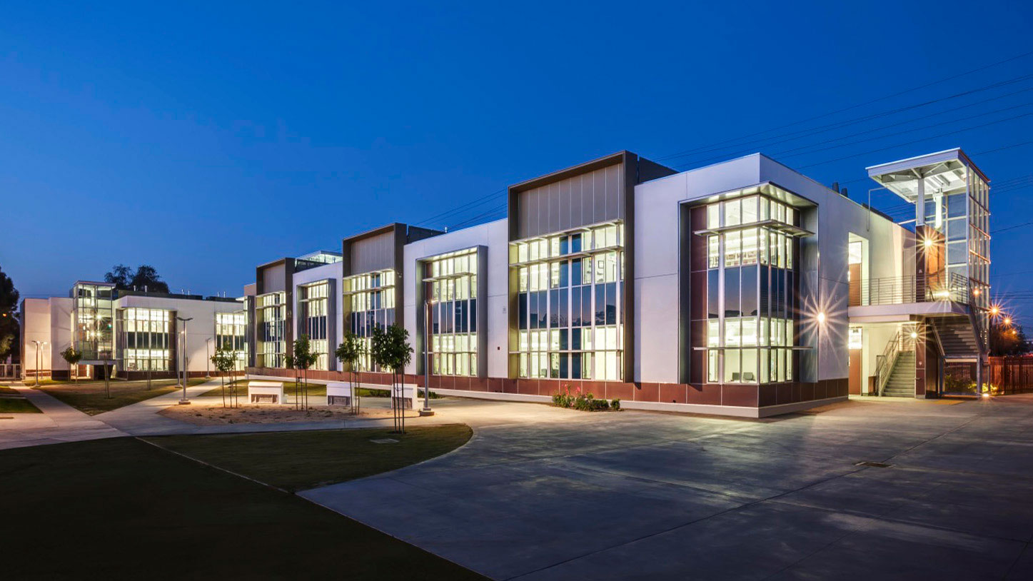 Colton High School – Math & Science Classroom Buildings Exterior