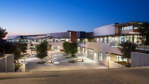 Del Lago Academy Exterior